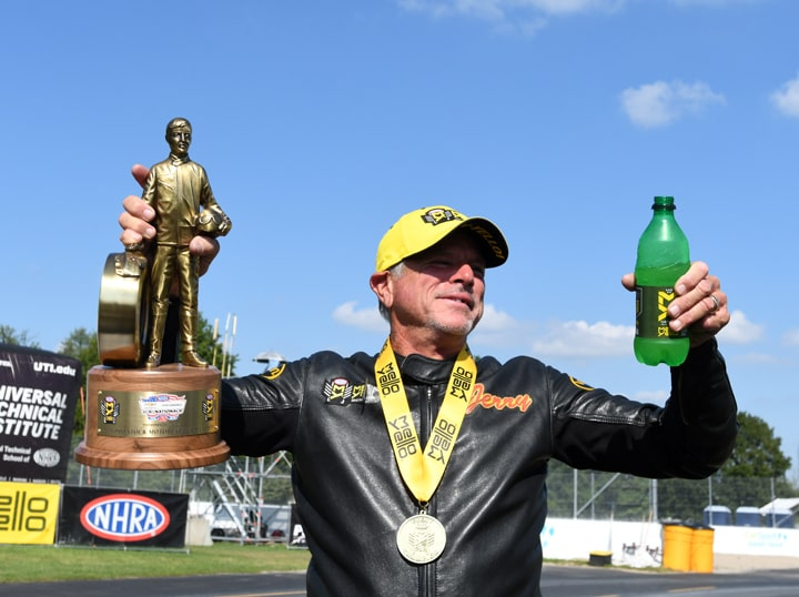 Savoie Takes a Bite Out of Indy