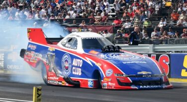 Beckman Has Force, Hight in His Funny Car Mirrors