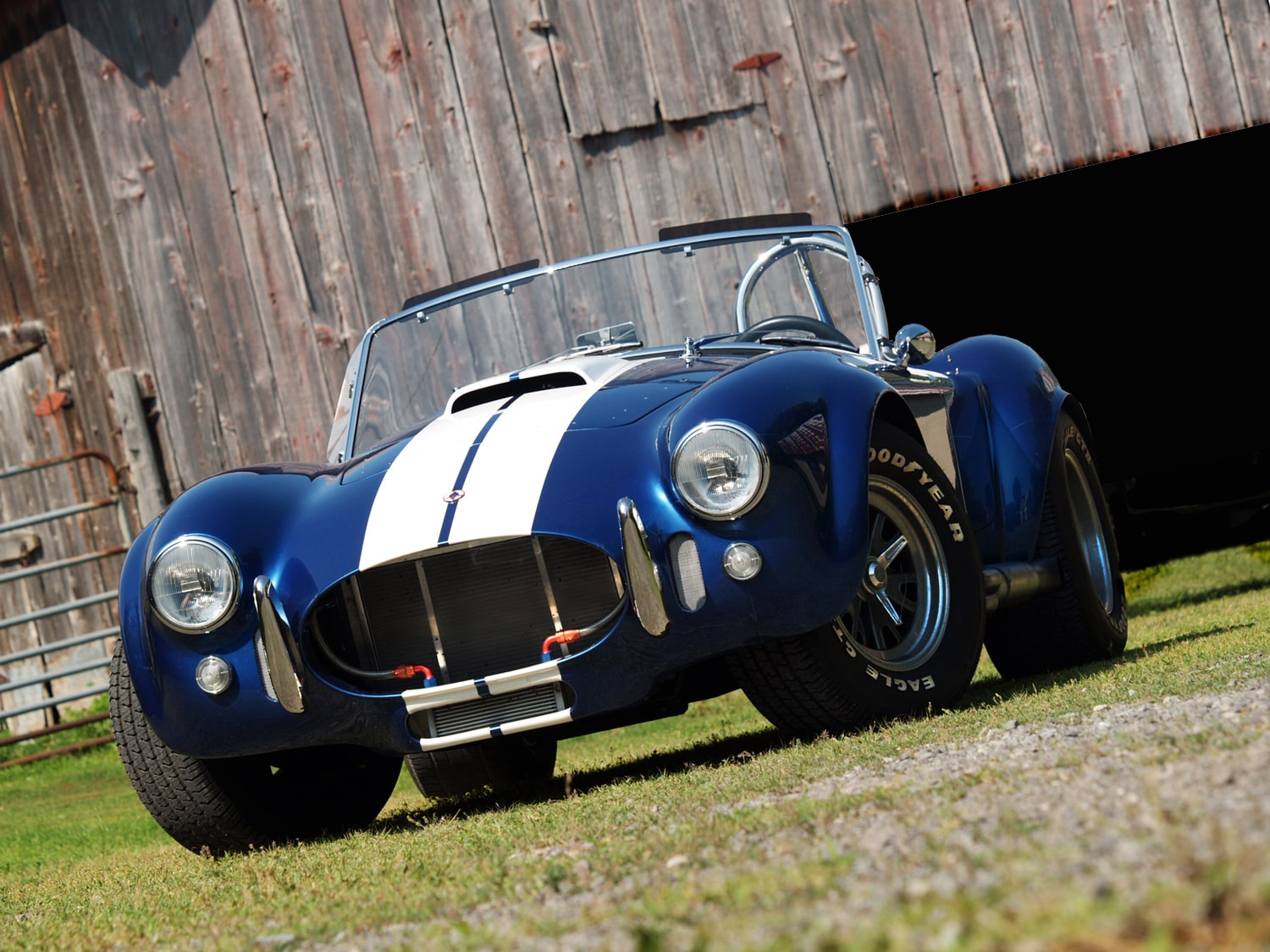 Muscle Car Madness: 2002 Superperformance AC Cobra