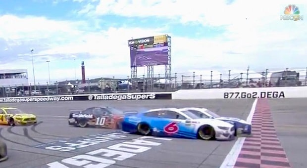 Blaney Beats Newman in Exciting NASCAR Photo-Finish at 'Dega