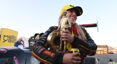 Can Brittany Force Beat Steve Torrence for a Second Top Fuel Title