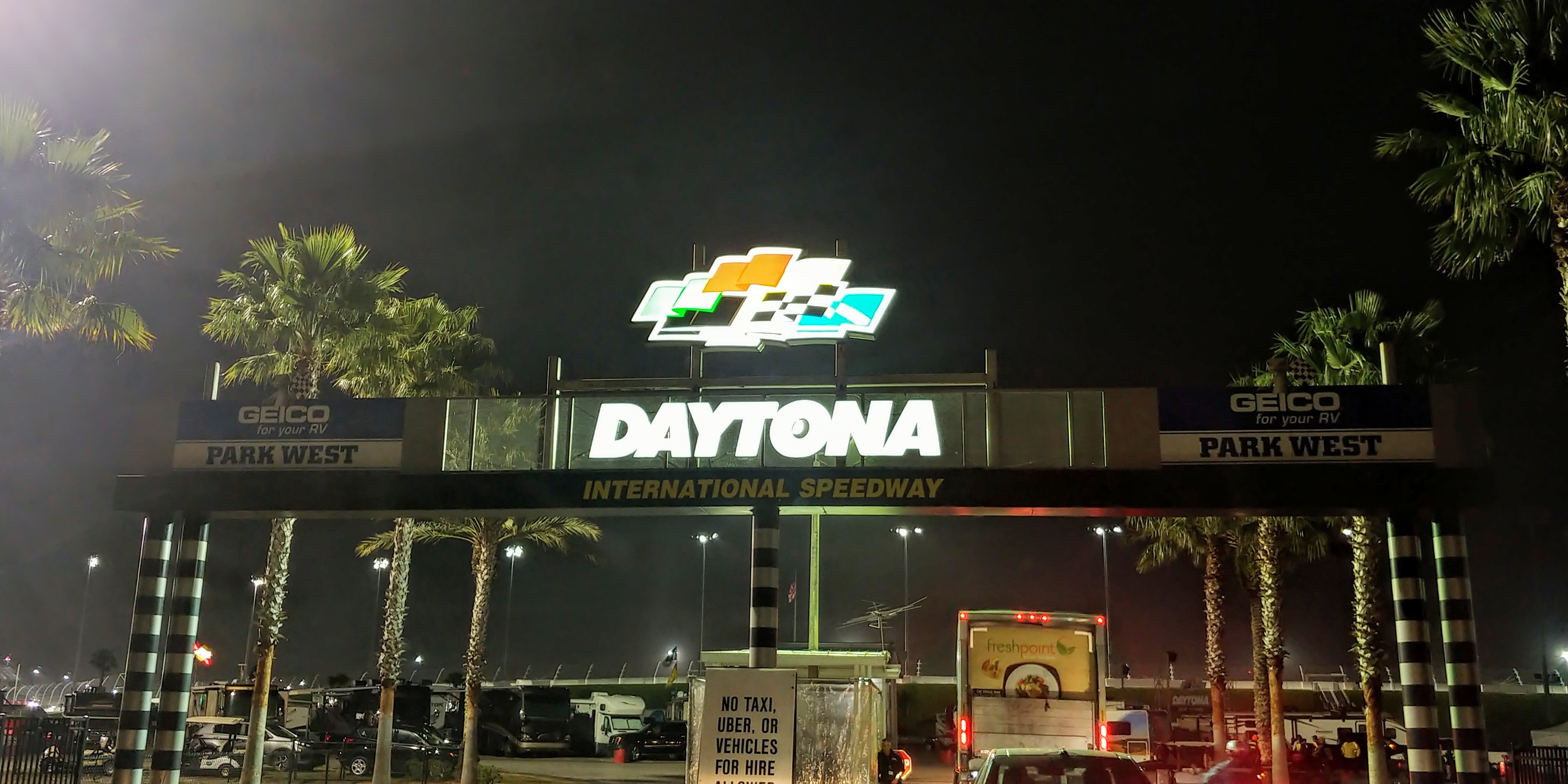 [Gallery] ROAR at the Rolex 24