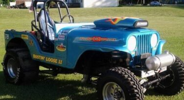 Today's CCF is this 1975 Jeep Sand Dragger for $8,500