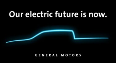 GM Unveils Plans for an Electronic Future