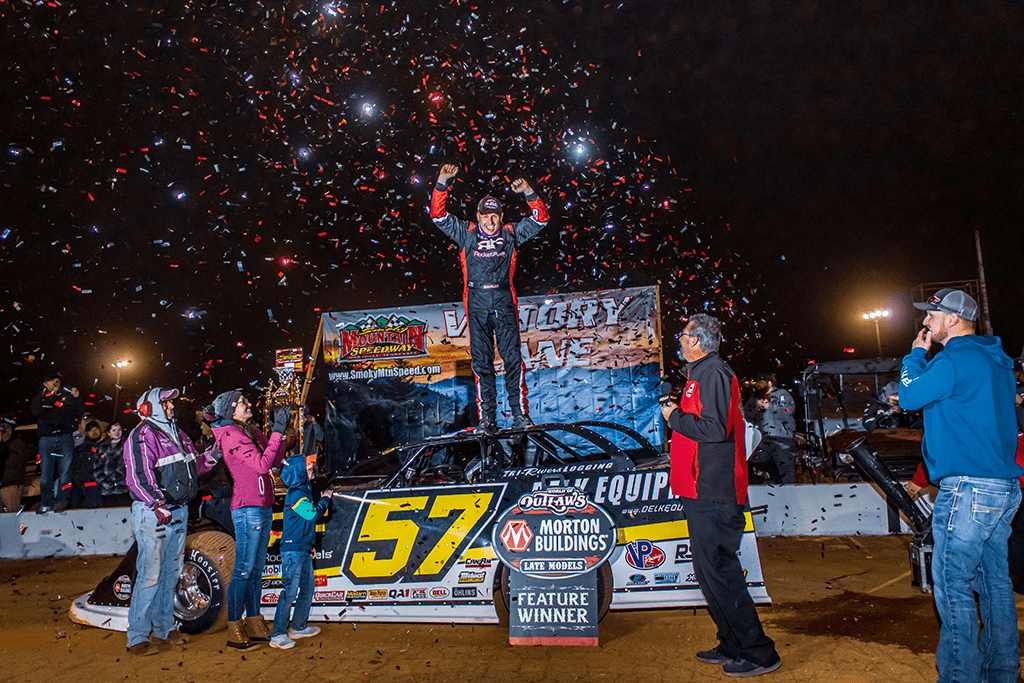 Josh Richards and Mike Marlar Drive to Impressive Victories During World of Outlaws Tennessee Tipoff Weekend