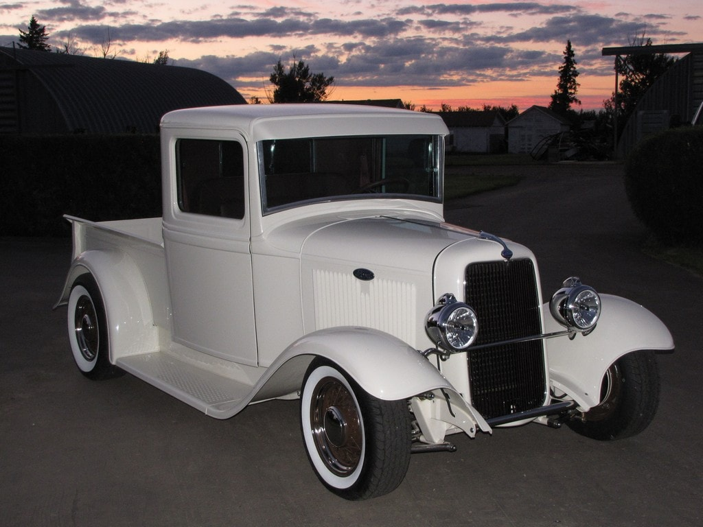 Terry & Beverley Carleton - Swift Current, Saskatchewan - 1934 Ford Pickup