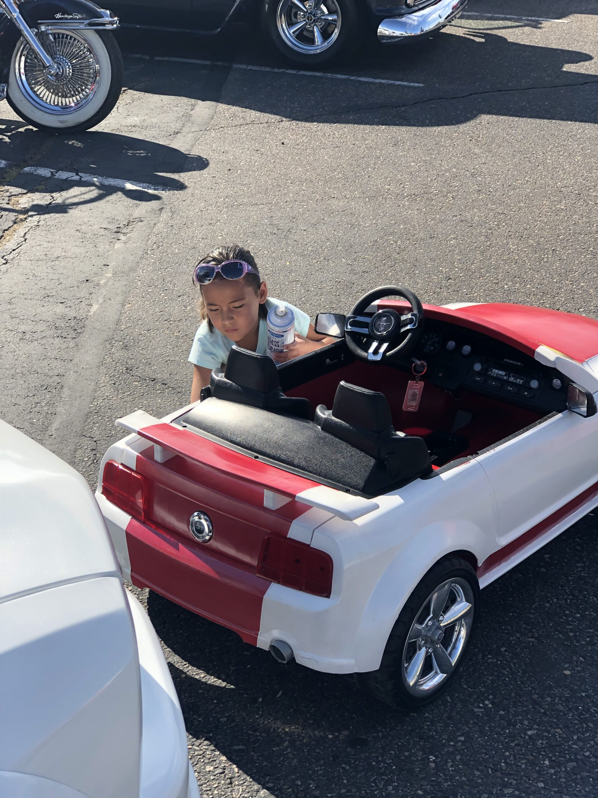 Jr and Olivia Martinez - Belen, NM  - 2007 Ford Mustang - Power wheels