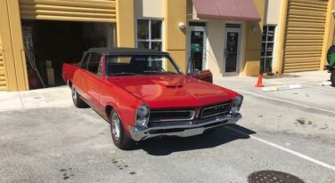 Today's Cool Car Find is this 1965 Pontiac LeMans $22,995