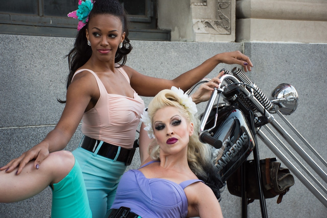 Pinup Pole Show with Frank The Rat's 1973 Harley Davidson chopper