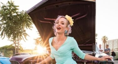 Pinup Pole Show Pinup of the Week: Tonya Kay