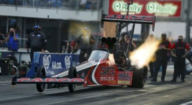 Torrence, Beckman & Hartford Race to Heated Wins at AAA Texas NHRA FallNationals
