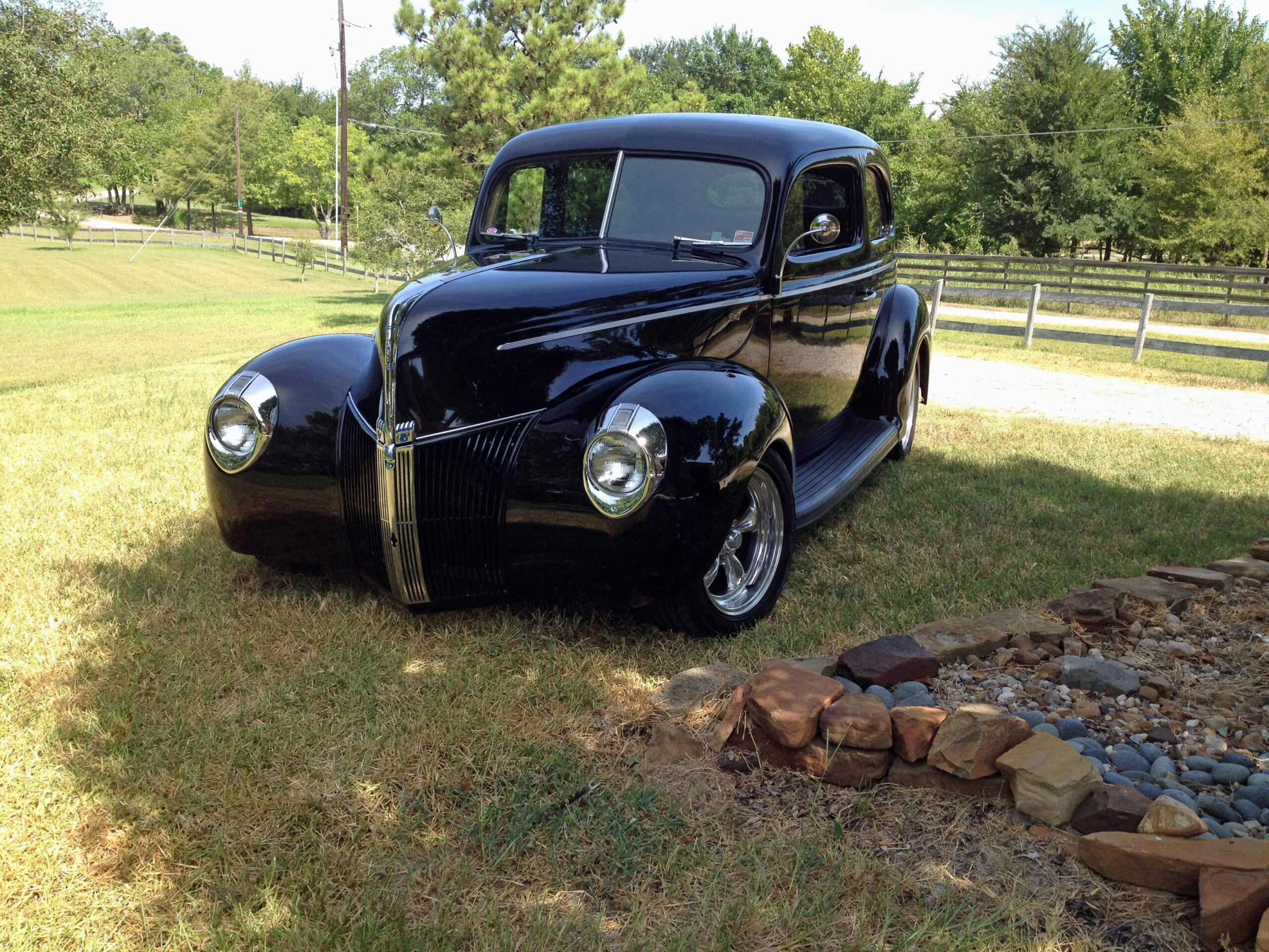 Paul Cunningham, Willis, Texas- 1940 Ford 2-door Standard