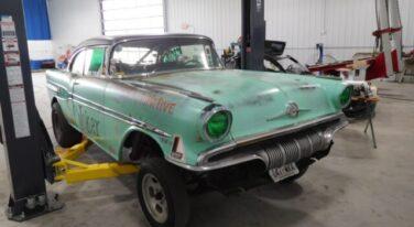 "Project: '57 Pontiac ""Joker"" Nostalgic Drag Racer"
