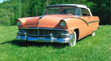 Today's Cool Car Find is this 1956 Ford Fairlane