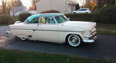 Today's Cool Car Find is this 1954 Ford Skyliner for $30,000