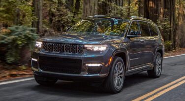 New 2021 Jeep Grand Cherokee Promises Innovation and Extra Seating