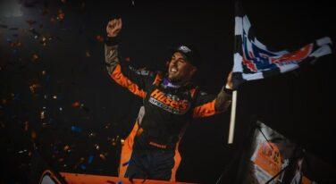 David Gravel Steals the Show at The Rev