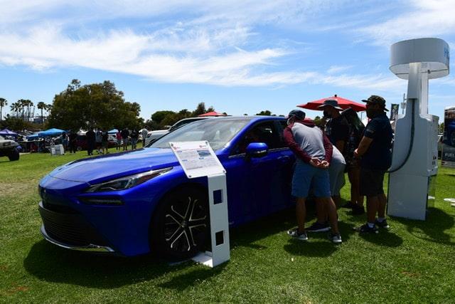 2021 Mirai hydrogen sedan got lots of attention-min