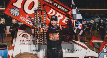Former NASCAR Star Returns to the Top in World of Outlaws NOS Energy Drink Sprint Car Series