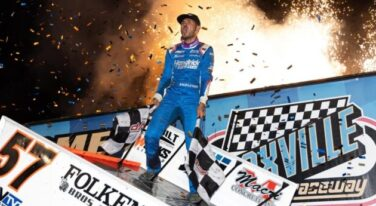Kyle Larson Races to Another Dream Come True at 60th Knoxville Nationals